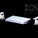 BOSS  浴缸龍頭(三件式)  D-9622